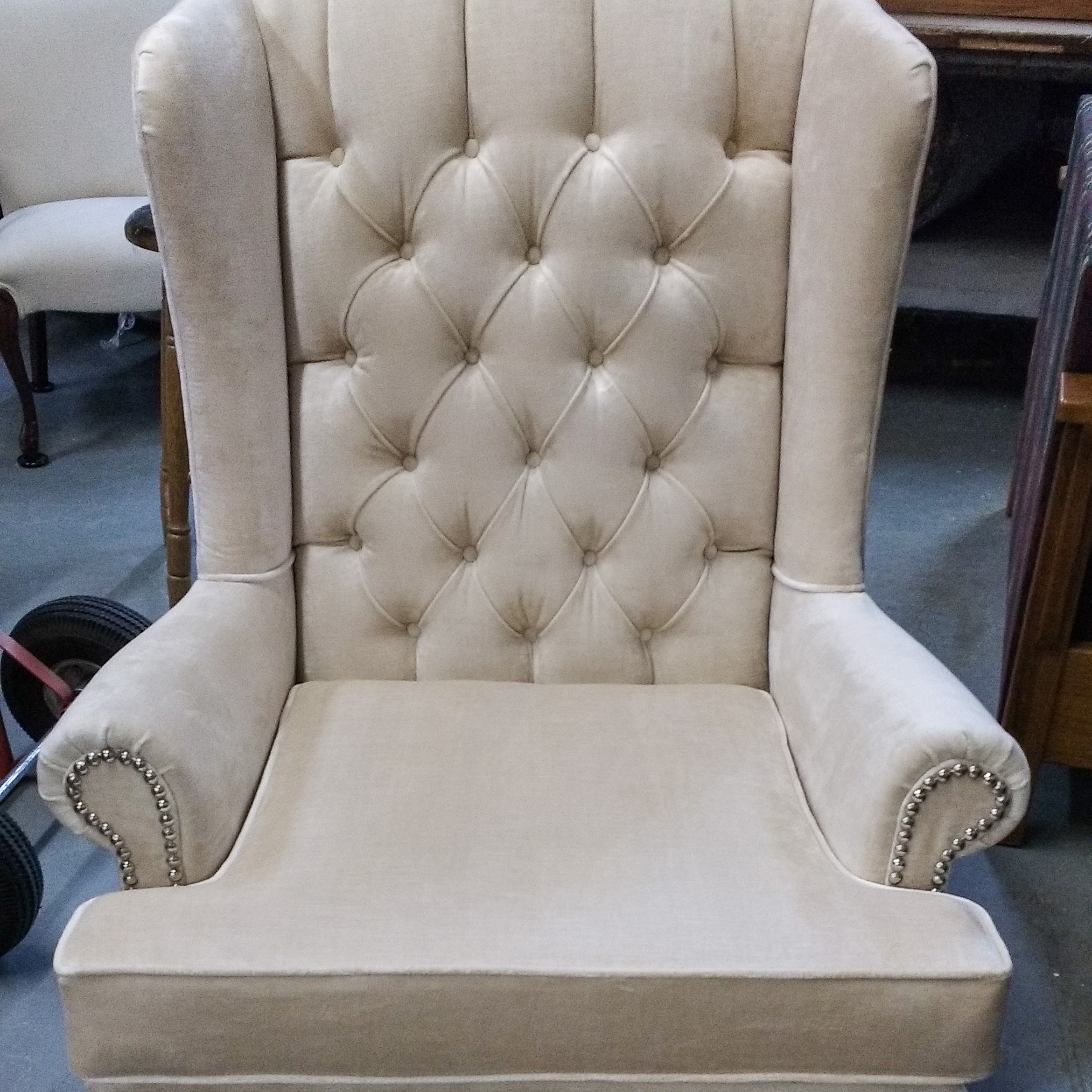 Furniture Upholstered Chairs